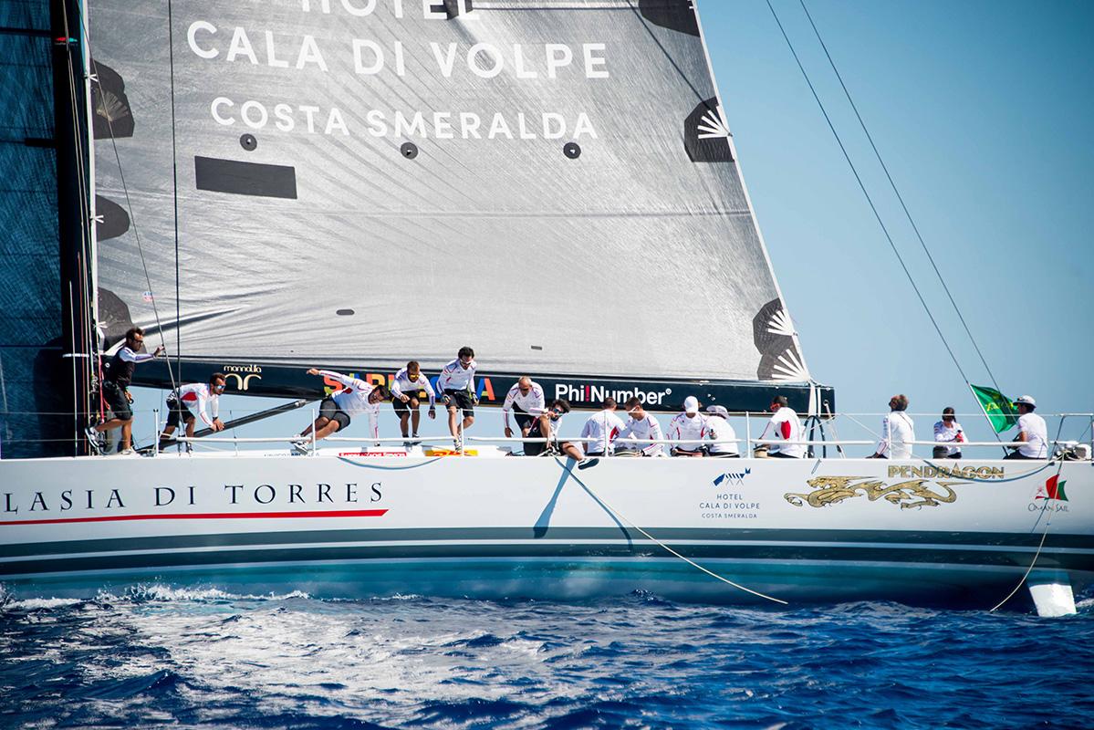 Adelasia_di_Torres_Maxi_Yacht_Rolex_Rovatti_StudihradMGR_6563
