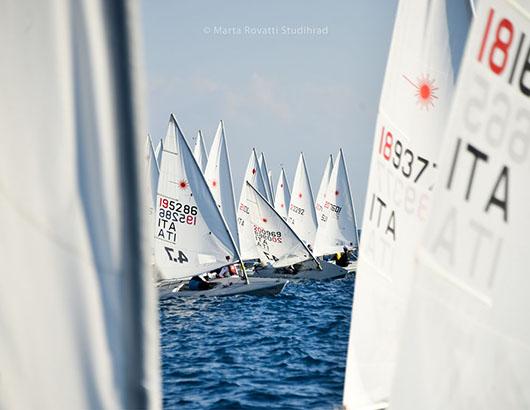 COVER Associazione-Italia-Classi-Laser-2017- Marina di RagusaMGR_3174