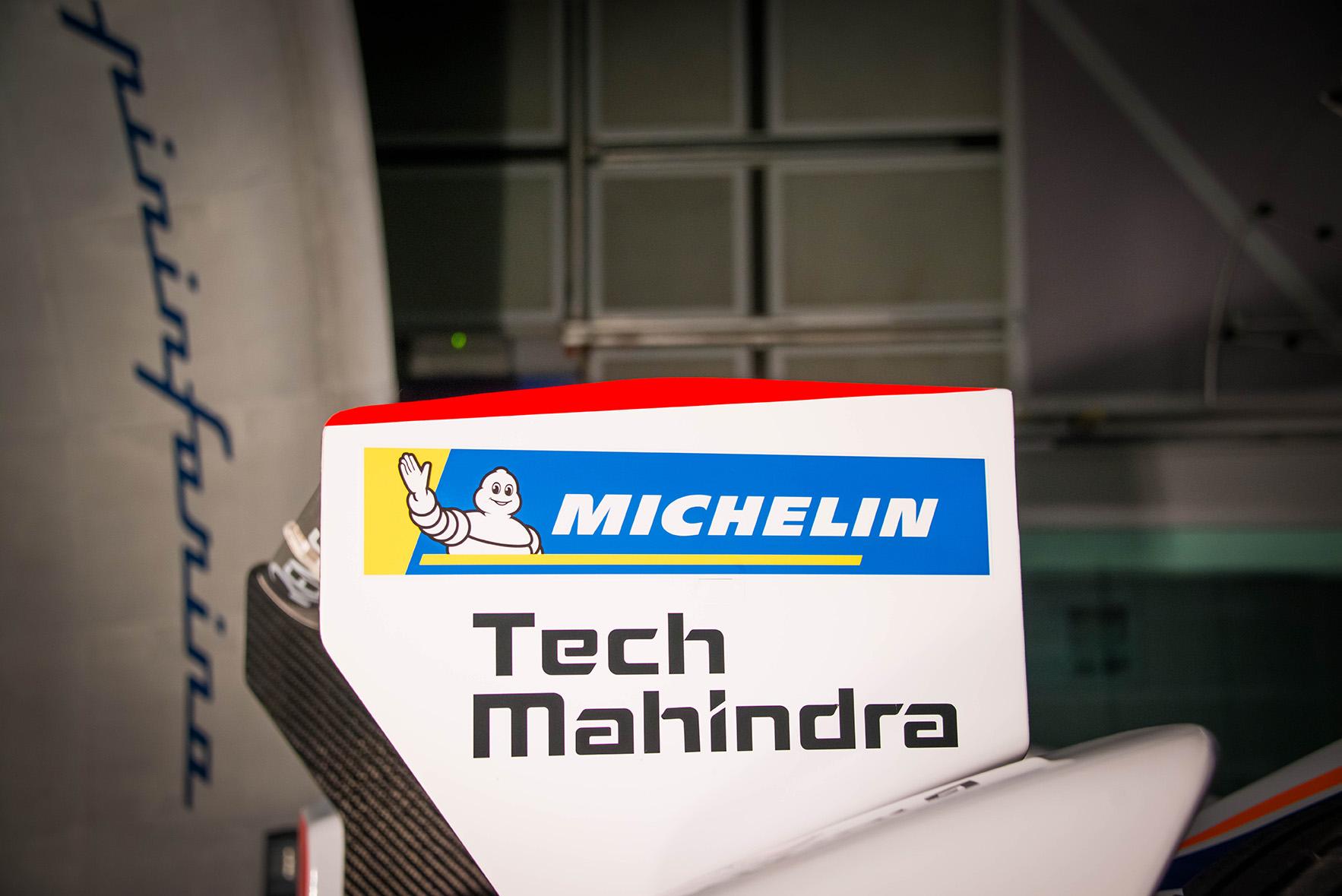 Spacesuit-Media-Marta-Rovatti-Studihrad-FIA-Formula-E-Mahindra-2018MGR_4756