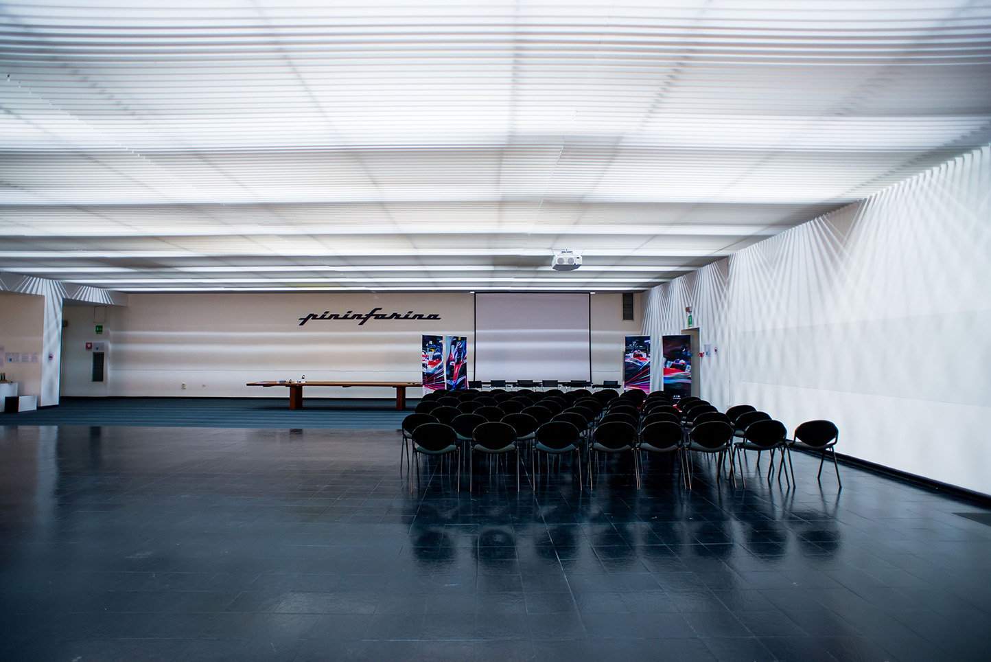 Spacesuit-Media-Marta-Rovatti-Studihrad-FIA-Formula-E-Mahindra-2018_MRS7009