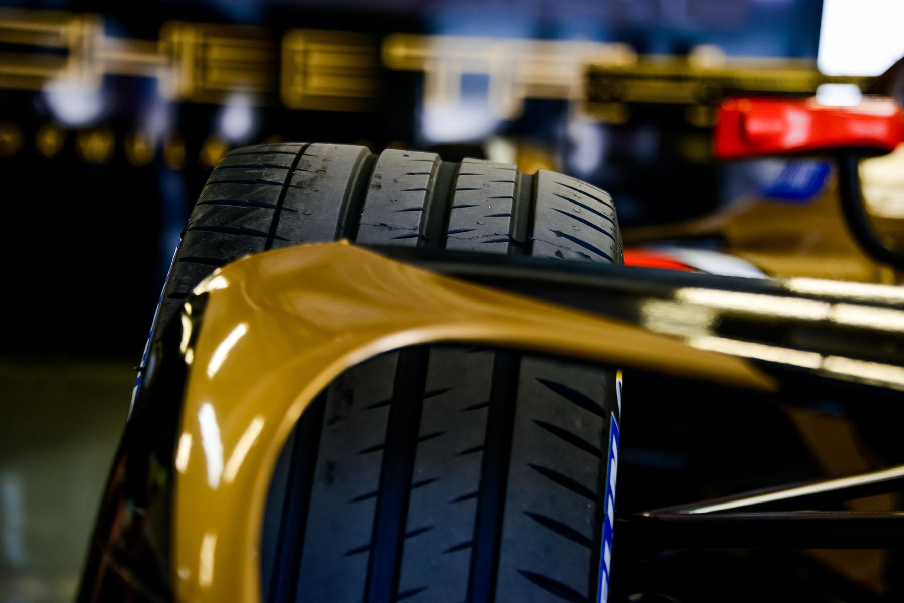 Formula-E-Marta-Rovatti-Studihrad-2018-Mexico-City-HR-MGR_6191